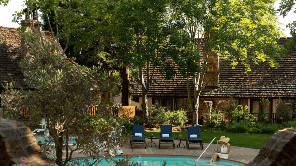 Harvest Inn Pool